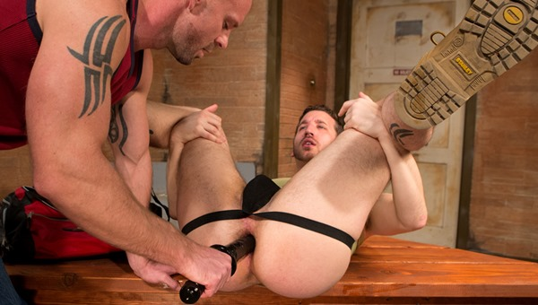 club-inferno-dungeon-hole-busters