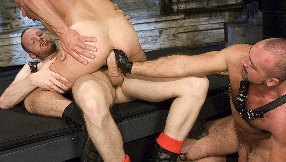 club-inferno-dungeon-the-deep-end